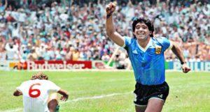 Foto: Infobae. Diego Maradona celebrando el segundo gol frente a Inglaterra en el mundial de México 86.